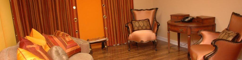 Orange Room Pic 1375 4